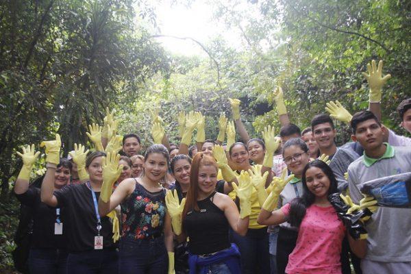voluntários limpeza