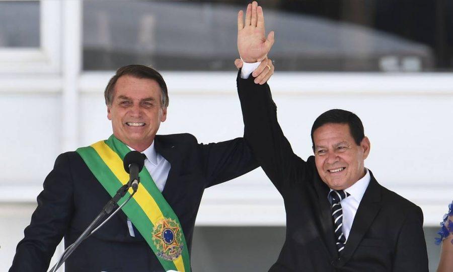 Hamilton Mourão e Jair Bolsonaro   foto: Internet