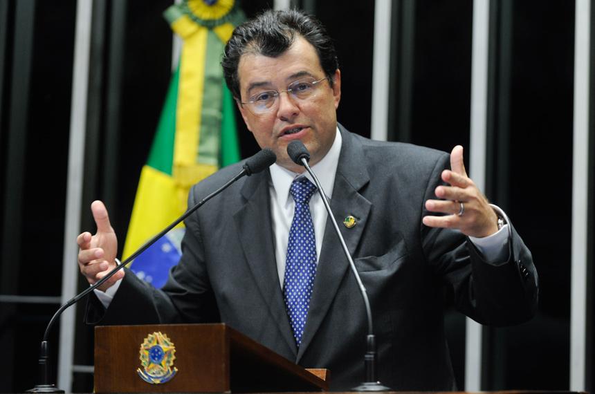 Senador Eduardo Braga (MDB-AM) | Foto: Internet