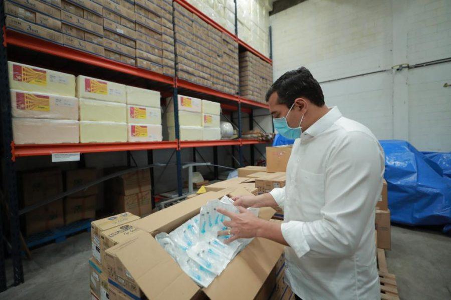 Wilson Lima seringas vacinação Covid-19 | Foto: Diego Peres/Secom
