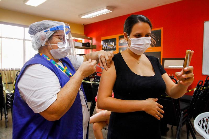 Vacinação contra Covid-19 de gestante e puérperas | Foto: SEMSA