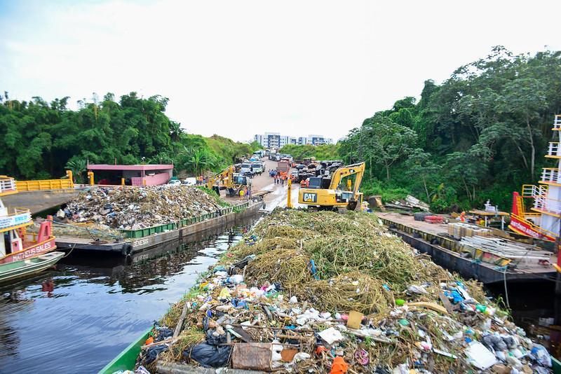 Lixo em Manaus \ Foto: João Viana e Valdo Leão / Semcom