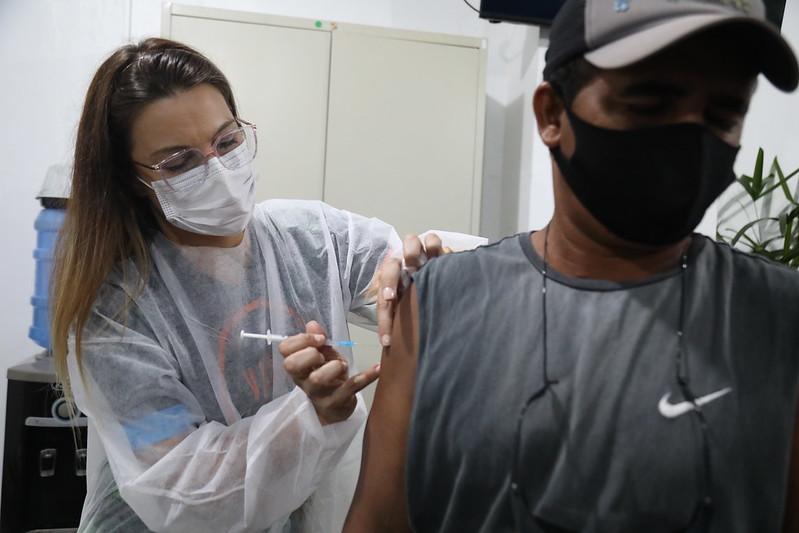 Prefeito David Almeida Vacinação Garis Covid-19 Semulsp