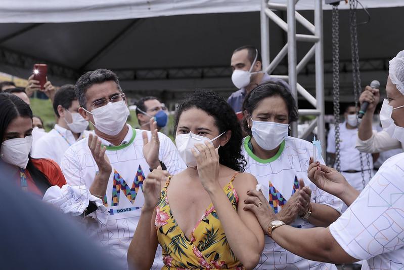 Manaus David Almeida Covid-19 Vacinação