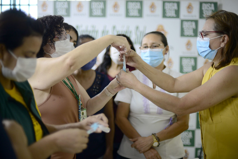 Vacinadores SEMSA Pfizer/BioNTech Vacinação Manaus