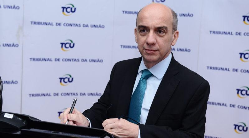 Ouvidor do TCE-AM Érico Desterro