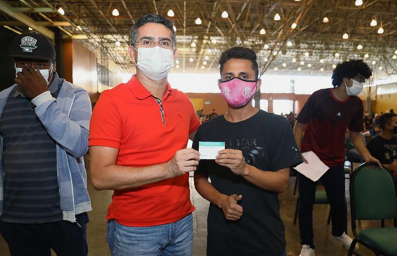 """Dia """"D"""" David Almeida Vacinação Gripe Manaus"""