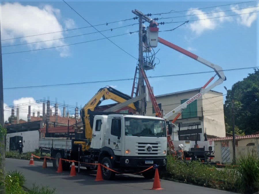 Amazonas Energia Bairro Nova Cidade Postes