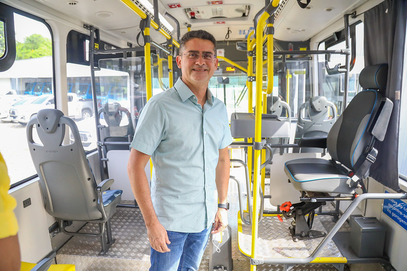 Prefeitura de Manaus David Almeida Novos ônibus Manaus
