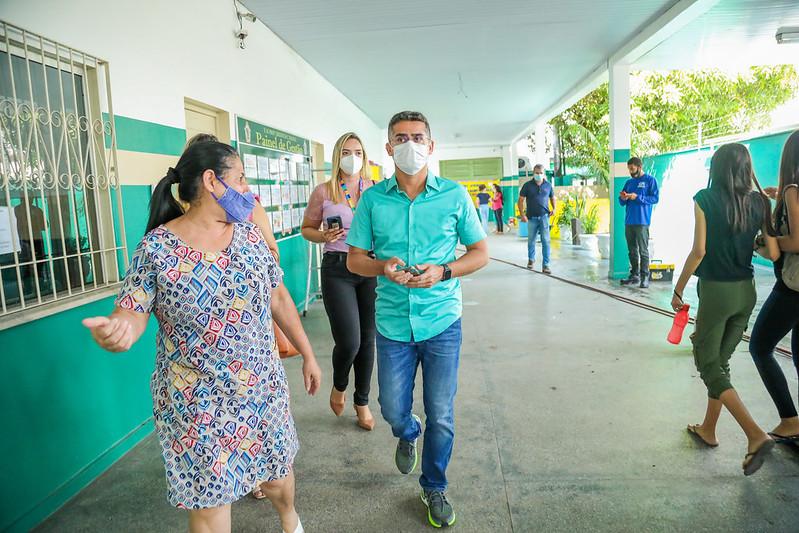 Prefeitura de Manaus David Almeida Programa Orçamento na Escola SEMED