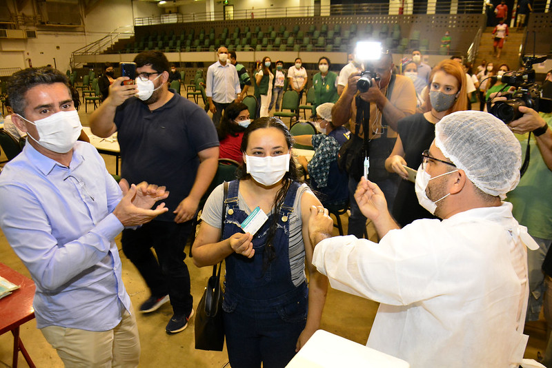 Terceira Dose Vacinação Covid-19 Manaus SEMSA David Almeida